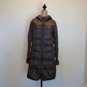 Uniqlo Packable down hooded puffer coat #3440